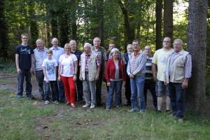 2012 Gruppenbild vor dem Schießstand